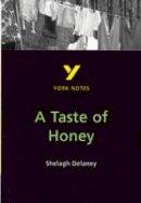 Dyer, Bernadette Gabay - York Notes on Shelagh Delaney's