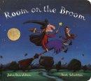 Donaldson, Julia - Room on the Broom - 9780803738416 - 9780803738416