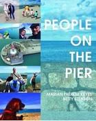 Betty Stenson, Marian Thérèse Keyes - People on the Pier - 9781848407091 - 9781848407091