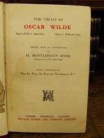 Edited with an Introduction by H. Montgomery Hyde - The Trials of Oscar Wilde -  - KTK0094366